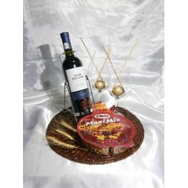 Base con vino y picada