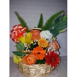 Canasto redondo  flores de estacion