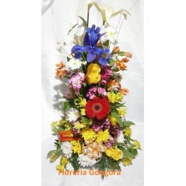 Canasta variedad de flores
